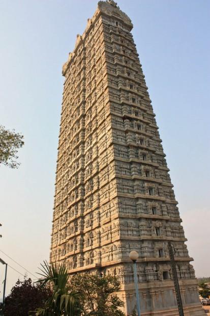 Храм Мурудешвара в Карнатаке