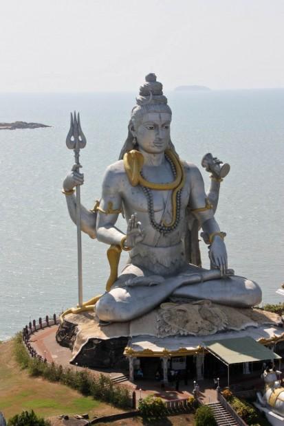 Мурдешвар Темпл около Гокарны в штате Карнатака, Индия