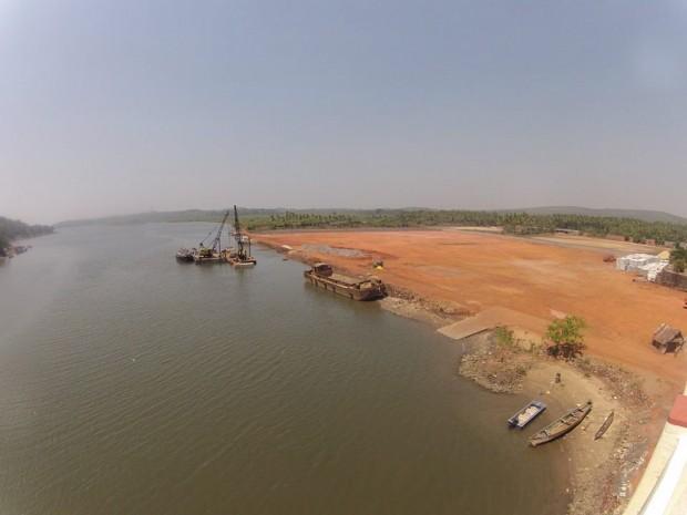 Вид с моста на соседний штат Гоа Махараштра